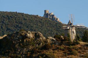 Moulin et château